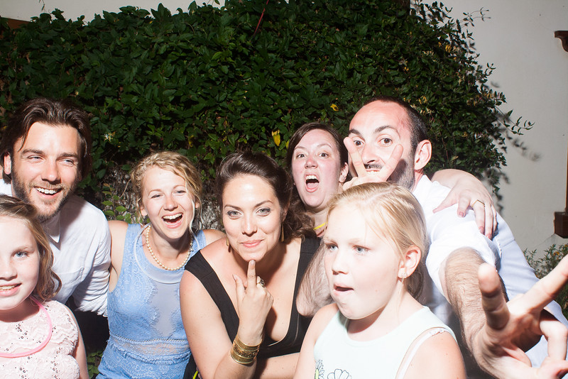 CaitlinChrisWeddingPhotobooth-0472.jpg