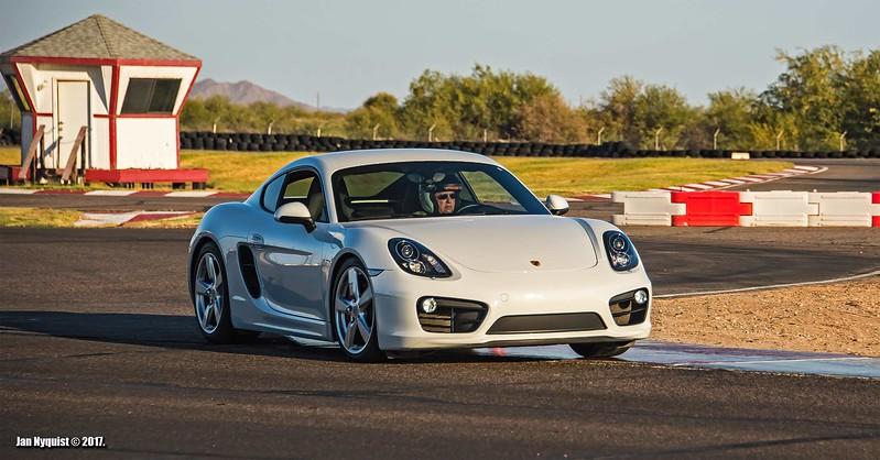 Porsche-Cayman-white-4992.jpg