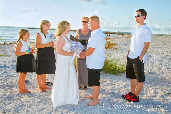 20140819beachwedding_clearwater_Tampa_Stephaniellenphotography.com-_MG_0024-Edit.jpg