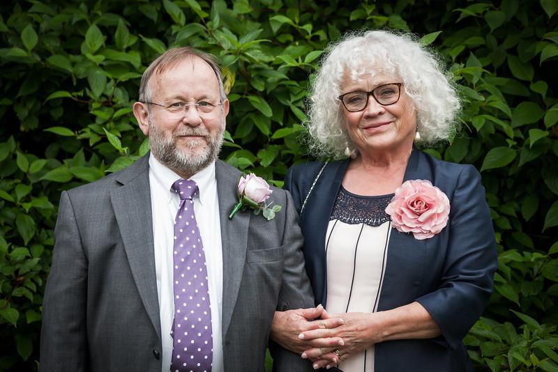Lizzie & Julian-110616-0460.jpg