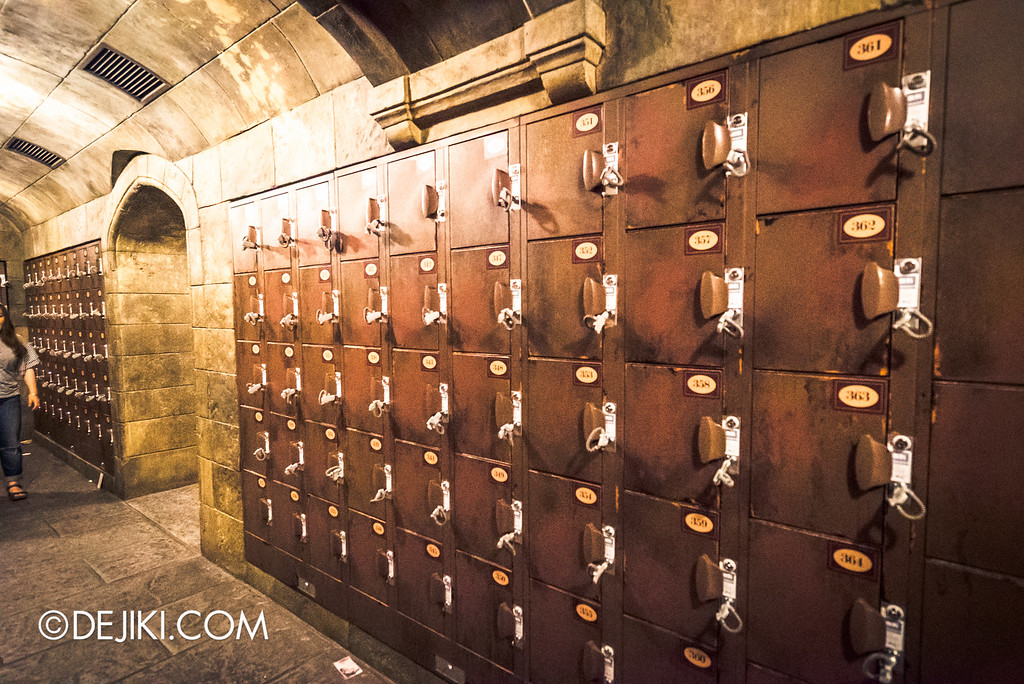 Universal Studios Japan - Harry Potter and the Forbidden Journey / Lockers