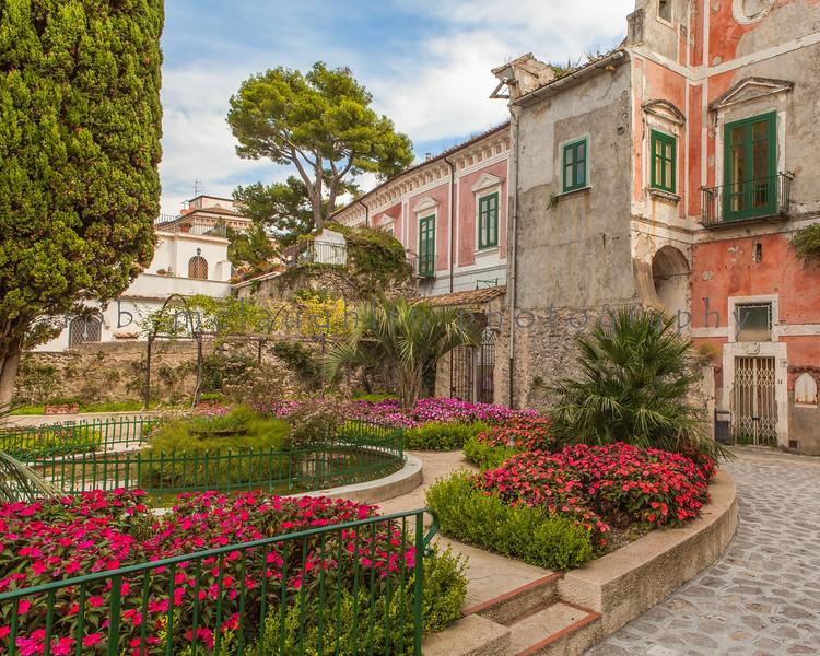 Backstreet Gardens , Ravello , Amalfi Coast