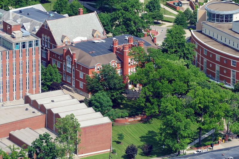 campus5892.jpg