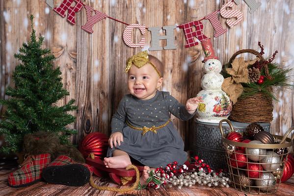 Mia Christmas Mini 2019
