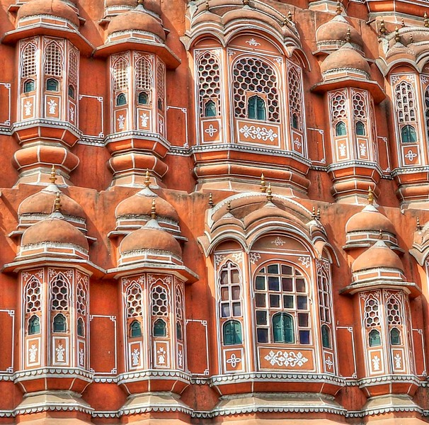 Its unique five-story exterior is akin to the honeycomb of a beehive with its 953 small windows called jharokhas decorated with intricate latticework.
