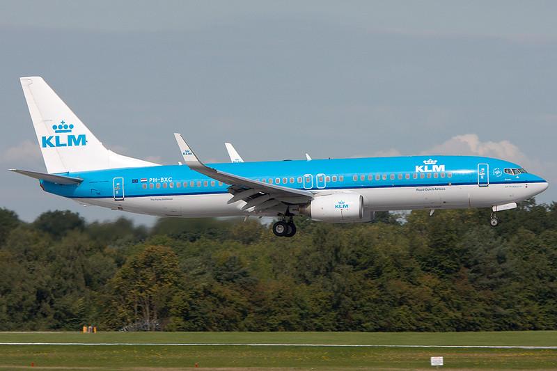 SkyMover_MAN27082010_KLM_PH-BXC.jpg