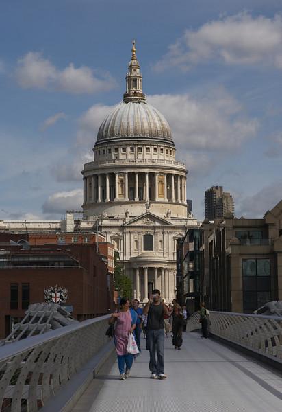 CP1EOS13181 London.jpg