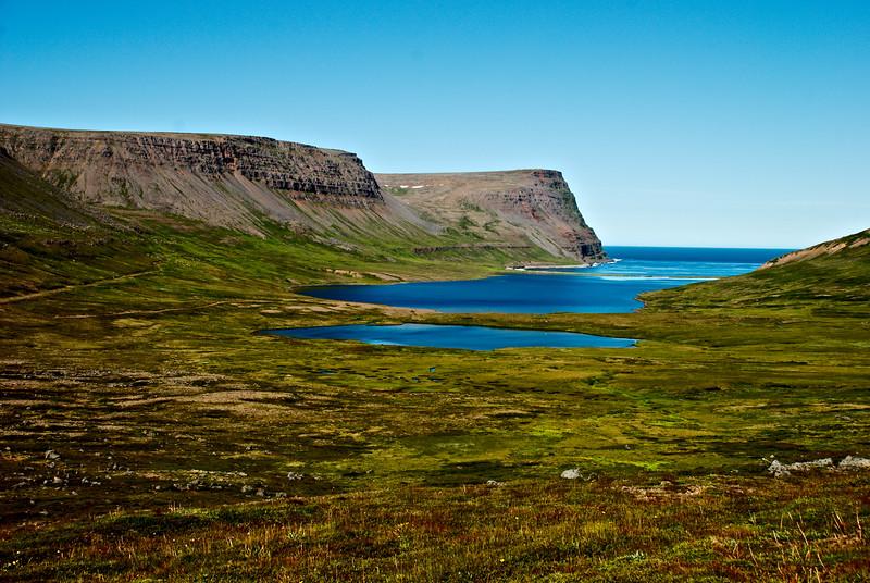 Rekavík bak Látur.