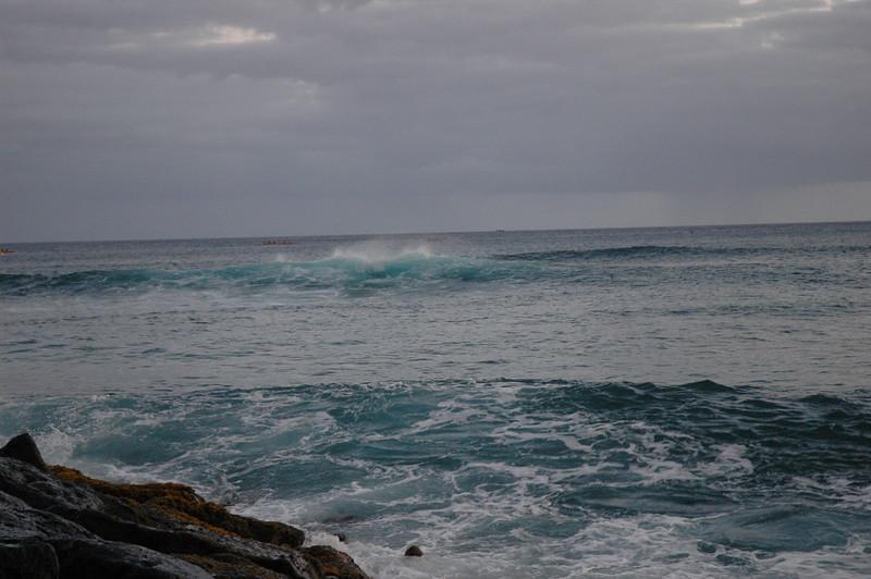 Hawaii - Ala Moana Beach Sunset-175.JPG