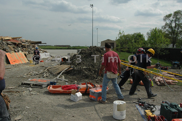 Illinois Fire Service Institute Light Weight Confined Space Training 05/10/07