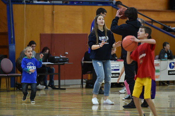 Junior coaching at half time Eagles v Hawks with Mia Satie