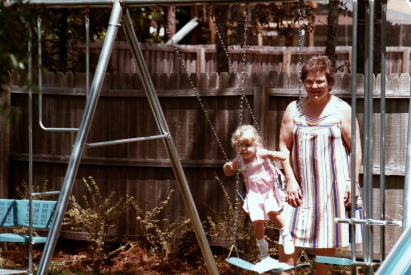1984_Spring_Apopka_visitors_#2_0021_a.jpg