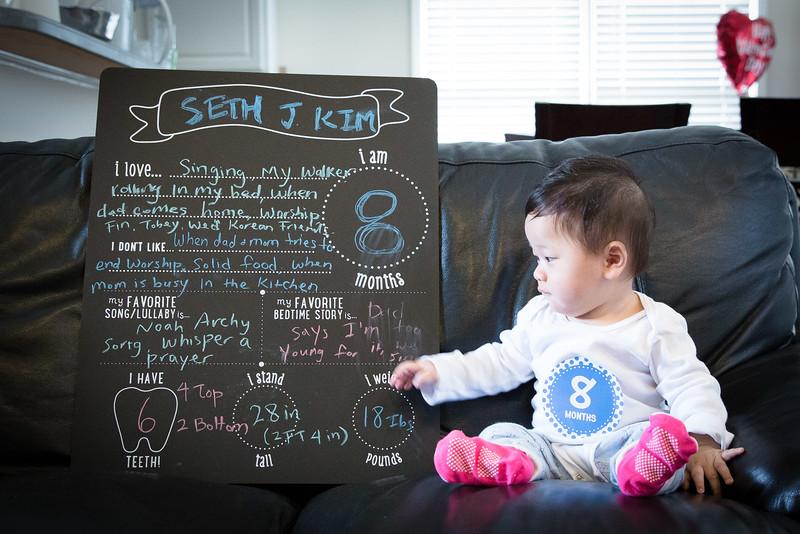 Seth 8 month-3458.jpg