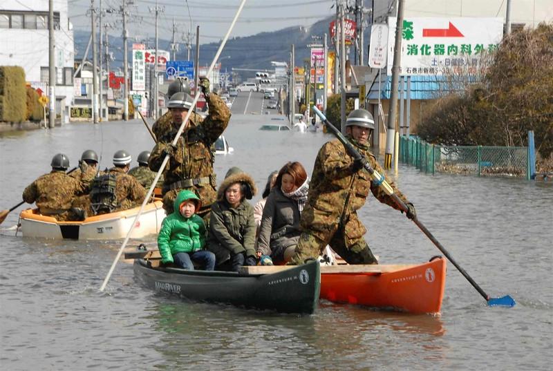 JapanEarthquake2011-283.jpg