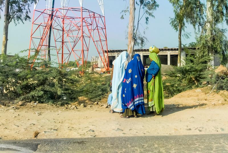 Roads_in_India_1206_065.jpg