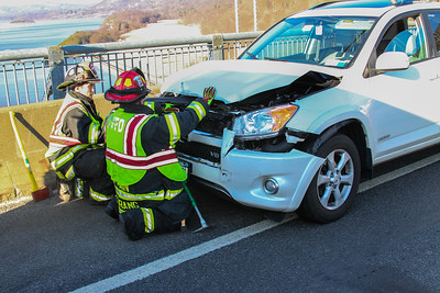 3-21-17 MVA With Injuries, Bear Mountain Bridge, Photos By Bob Rimm