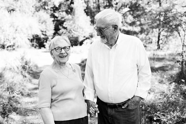 Fredericksen Extended Family 2021