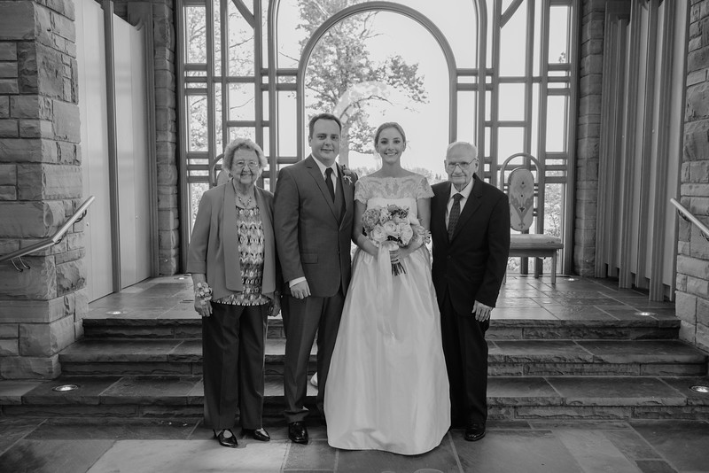 Amy+Andy_Wed-0424 (2).jpg