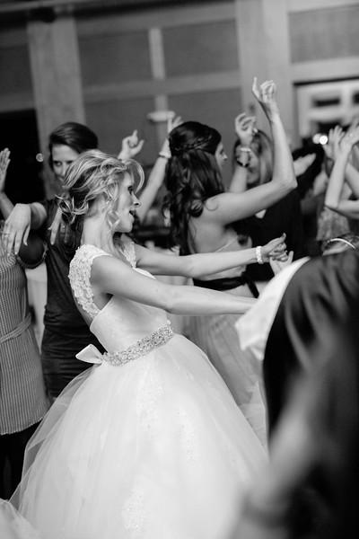 Le Cape Weddings - Meghan and Brandon_-550.jpg