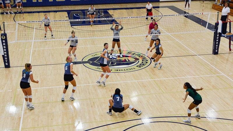 HPU Volleyball-93289.jpg