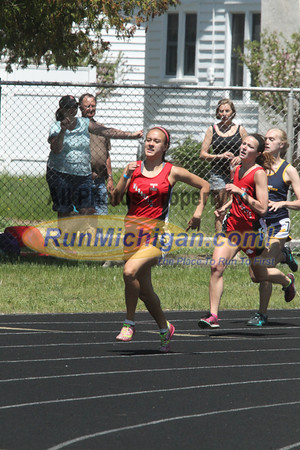 UP Girls' 400 Meters - 2014 MHSAA T&F Finals