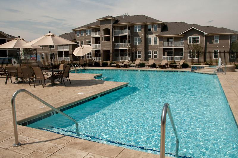 Maple Knoll Apartments-24.jpg
