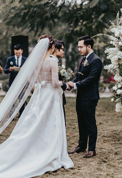 JWMarriott Ha Noi Intimate Wedding of Trang Hi well captured by Hipster Wedding Vietnam Wedding Photographer-4018.jpg