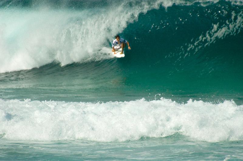 surfer,tube,pipe.JPG