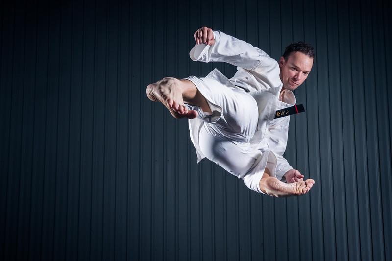 Jumping-Side-Kick-55.jpg