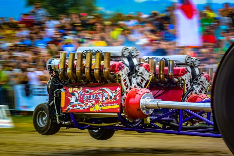 Tractor Pulling 2015 V3-0547.jpg