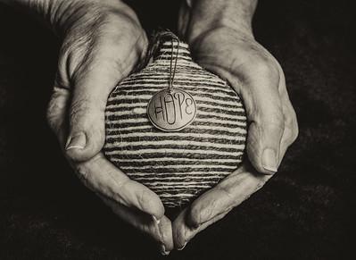 Photo Critique.Wk10.Hands