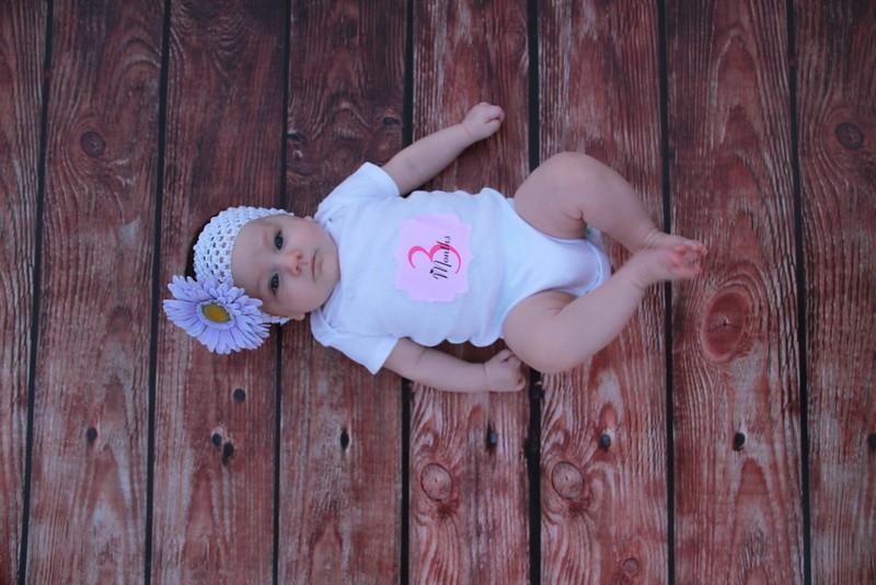 Evie-3 months (146).JPG
