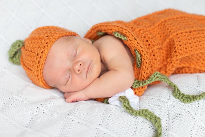 Beckett Newborn-45.jpg