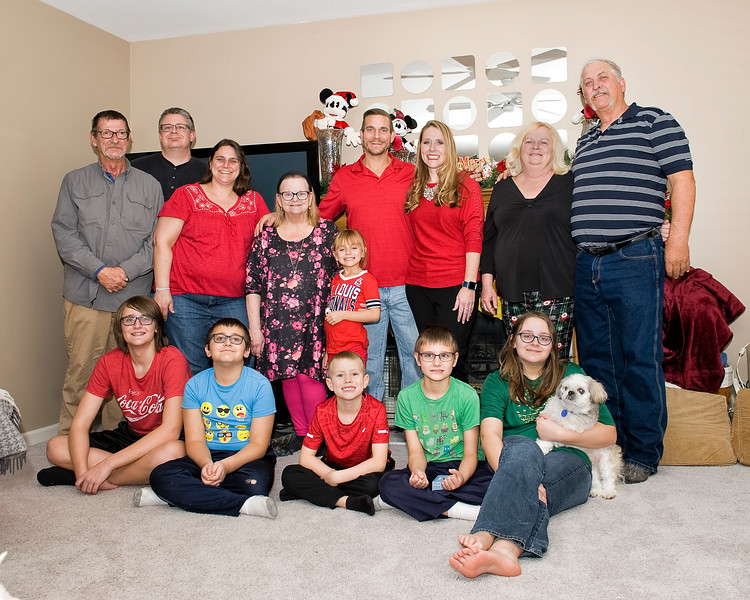 08 2019 Christmas Ragsdale - Wiley & Tomicich Group.jpg