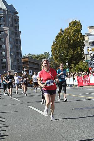 20101010.ml.victoriamarathon-844