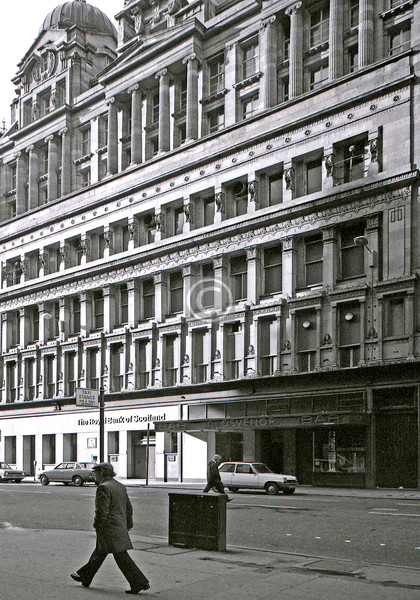 The Grosvenor, Gordon St.