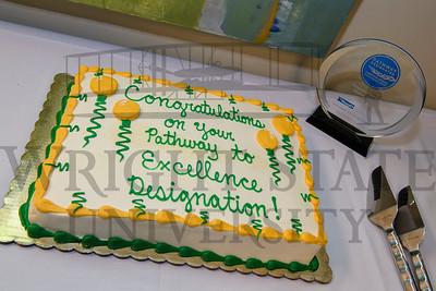 18059 CONH Celebrating Hospice of Dayton Achievement 9-27-16