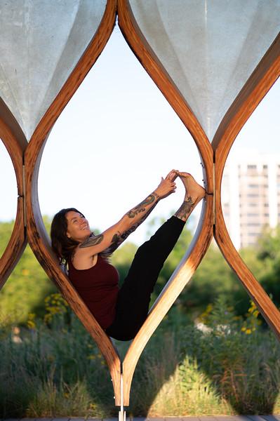 Online Yoga - Lincoln Park Shoot-175.JPG