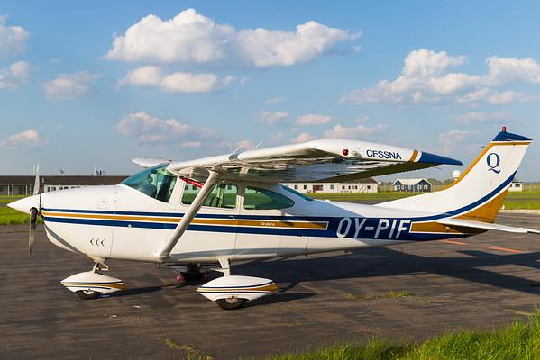 OY-PIF - Cessna 182M Skylane