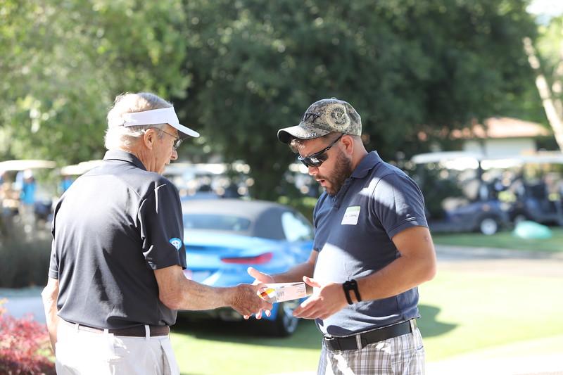 Momentum Golf Benefit-257.jpg
