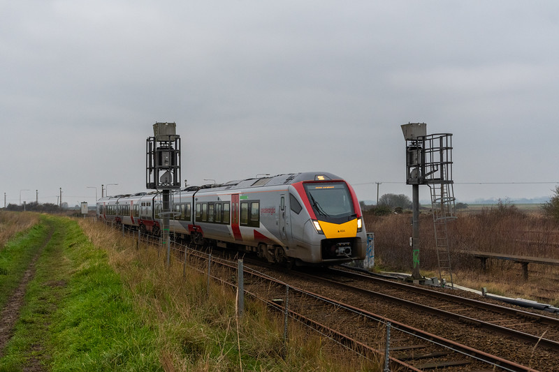 755404 approaches Great Yarmouth