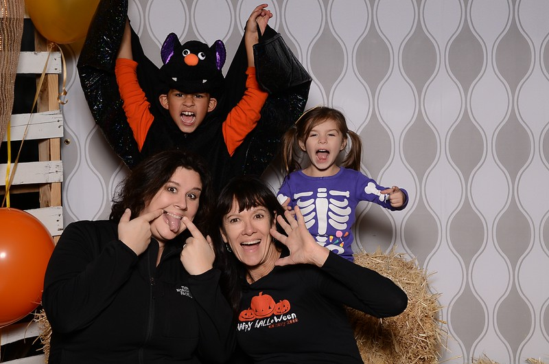 20161028_Tacoma_Photobooth_Moposobooth_LifeCenter_TrunkorTreat1-20.jpg