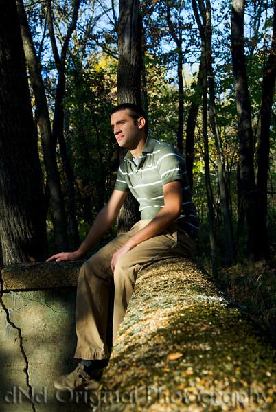 047 Craig White Senior Portraits darker.jpg