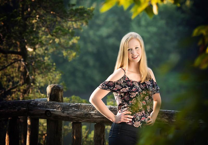 Senior girl country Palisades Park -  Iowa TruYou photography - 2.jpg