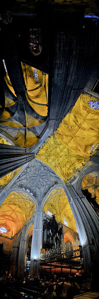 Cathedral panorama 01.jpg