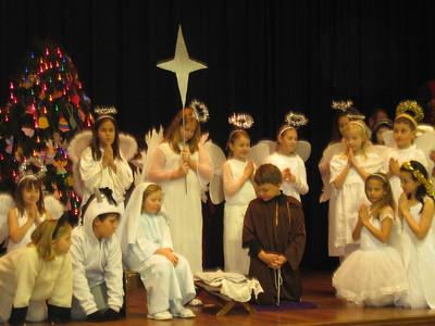 2008-12-21 3rd Gr Christmas Caroling