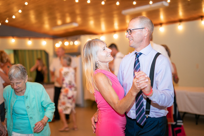 salmon-arm-wedding-photographer-4597.jpg