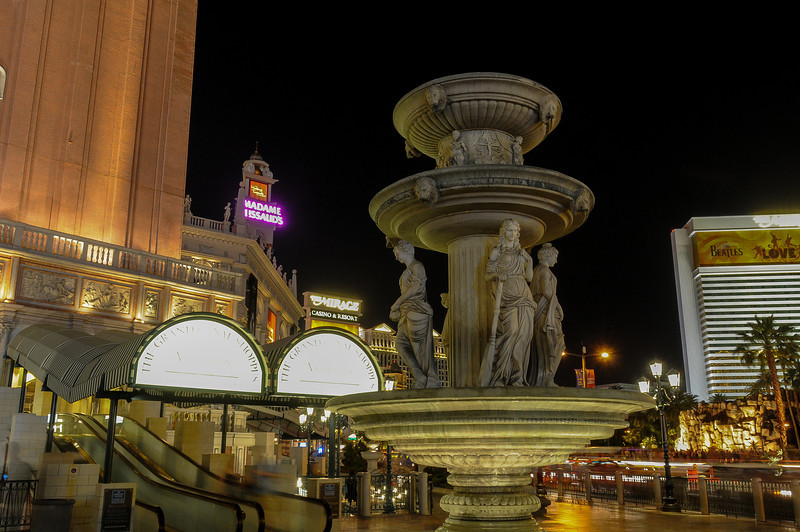 Fountain in front of The Venetian Hotel & Casino in Las Vegas