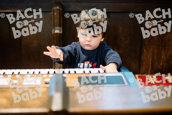© Bach to Baby 2017_Alejandro Tamagno_Regents Park_2017-09-16 058.jpg