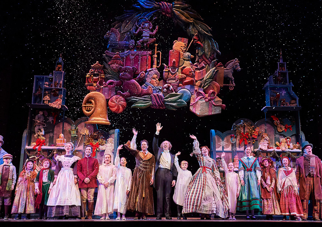 ". It requires a large ensemble to perform Great Lakes Theater�s �A Christmas Carol.� Find it at Palyhouse Square\'s Ohio Theatre through Dec. 23. For more information, visit <a href=""http://www.greatlakestheater.org/\"">greatlakestheater.org</a>. (Roger Mastroianni)"